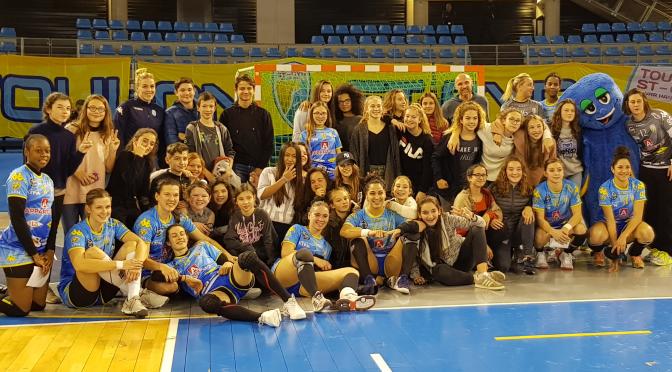 L'UNSS Handball à la rencontre des Handballeuses de 1ère division de Toulon/St-Cyr