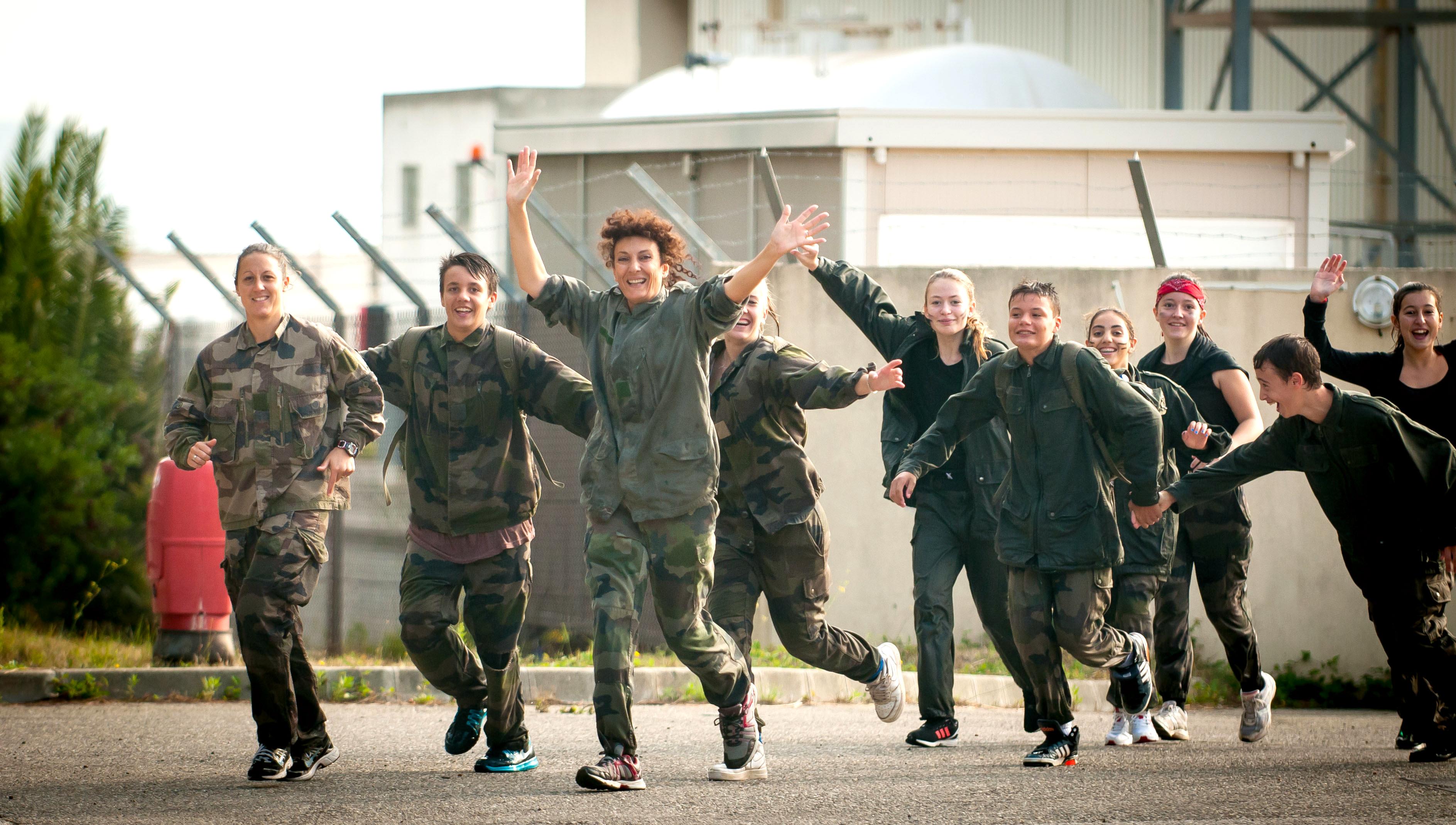 Journée sport armées jeunesse avec les élèves du collège Louis Clément